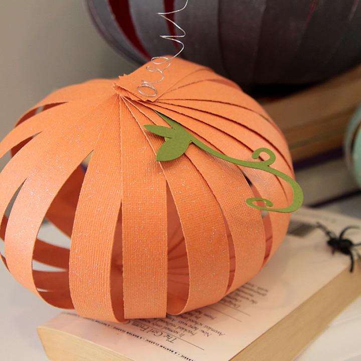 How to make paper pumpkins {fun + easy Halloween kids' craft}