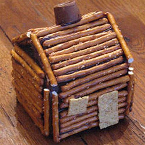 Little log cabin made from pretzel sticks