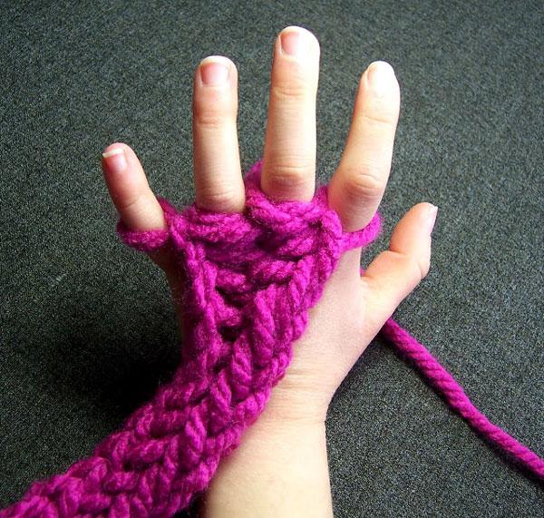 Finger knitting activity for kids