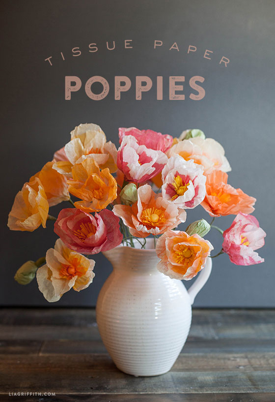Amazing collection of DIY paper flower tutorials - these look so real! Tissue paper poppies.