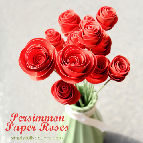 DIY paper flowers - red paper roses in a vase
