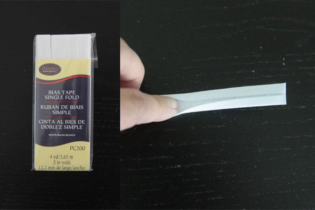 Finger opening up single fold bias tape