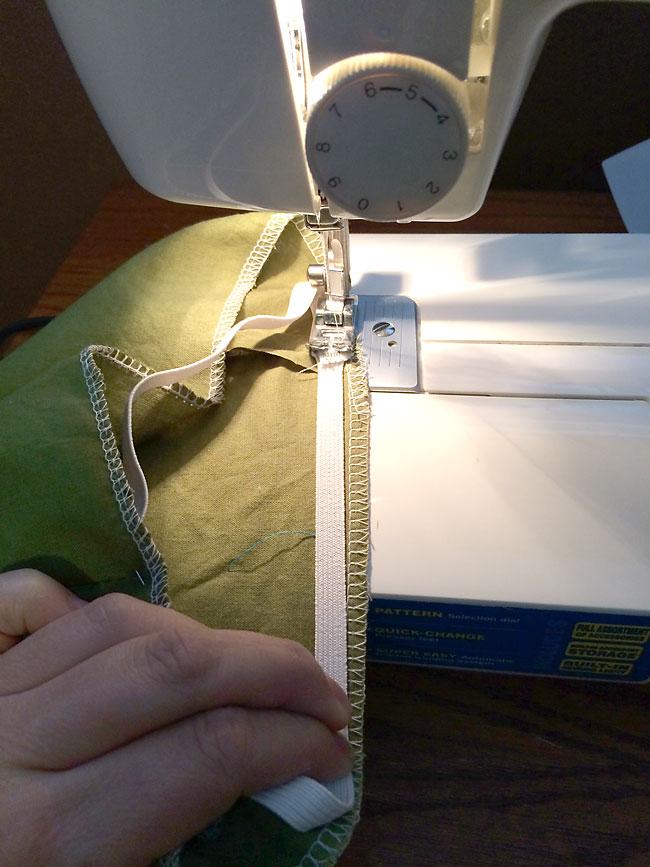 teddy-bear-clothes-how-to-sew-build-a-bear-12