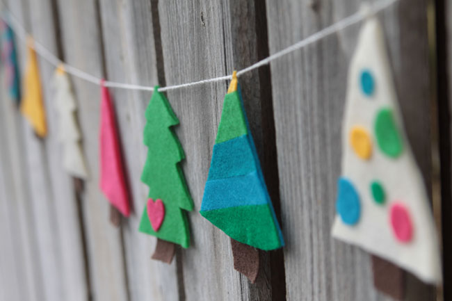 christmas tree garland made from felt