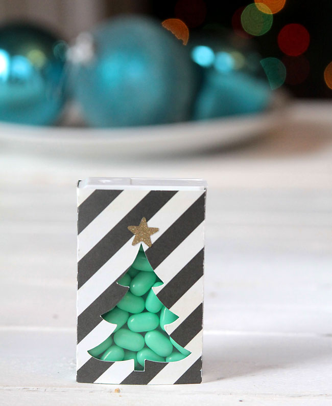 Green Christmas tree tic tac cover