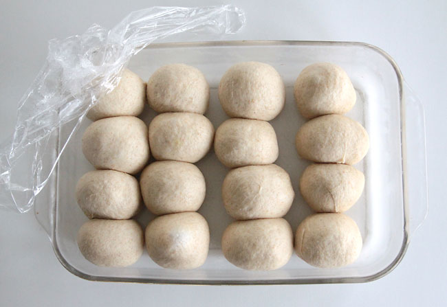 how-to-make-rolls-bread-dough-in-advance-frridge-refrigerate-bake-later-2