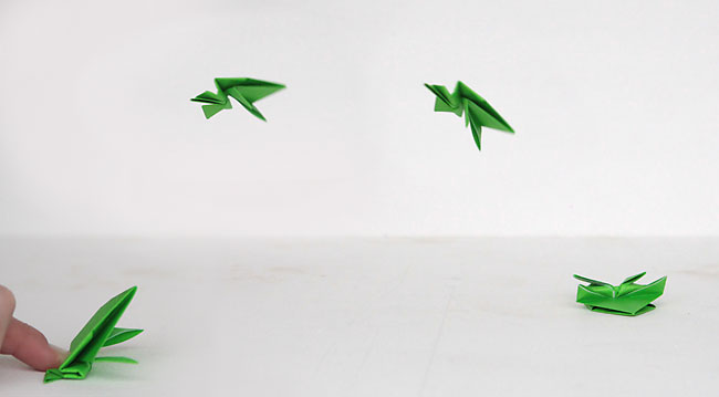 ORIGAMI FROG (Traditional model) - YouTube | 359x650