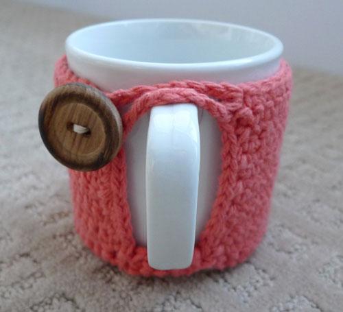 Easy crochet cup cozy