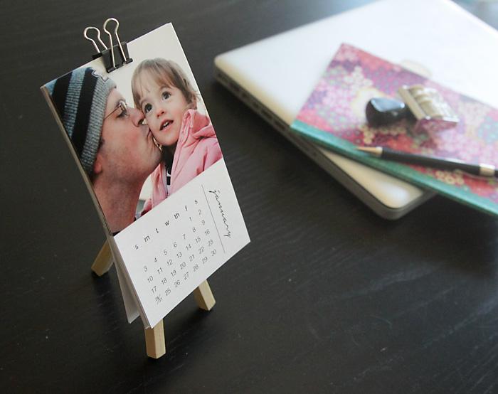 Mini photo calendar on a mini easel