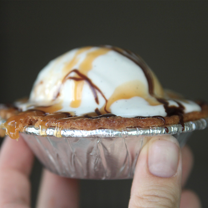 mini cookie pies: perfect holiday dessert