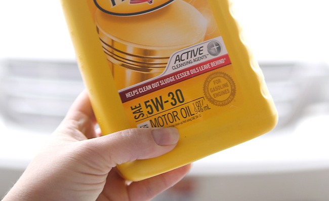 Container of 5W-30 motor oil