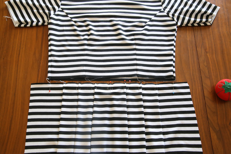 Dress bodice with pleated skirt