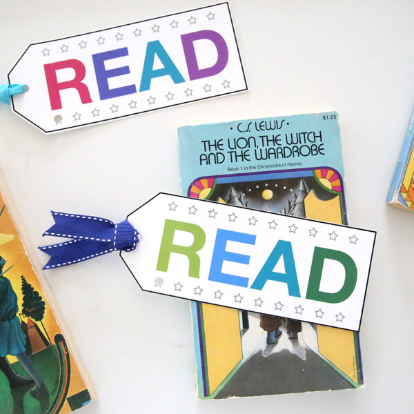 Bookmarks that say READ and have stars on them to be punched out