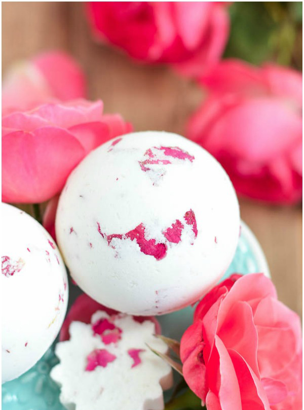 Closeup of a DIY bath bomb with roses