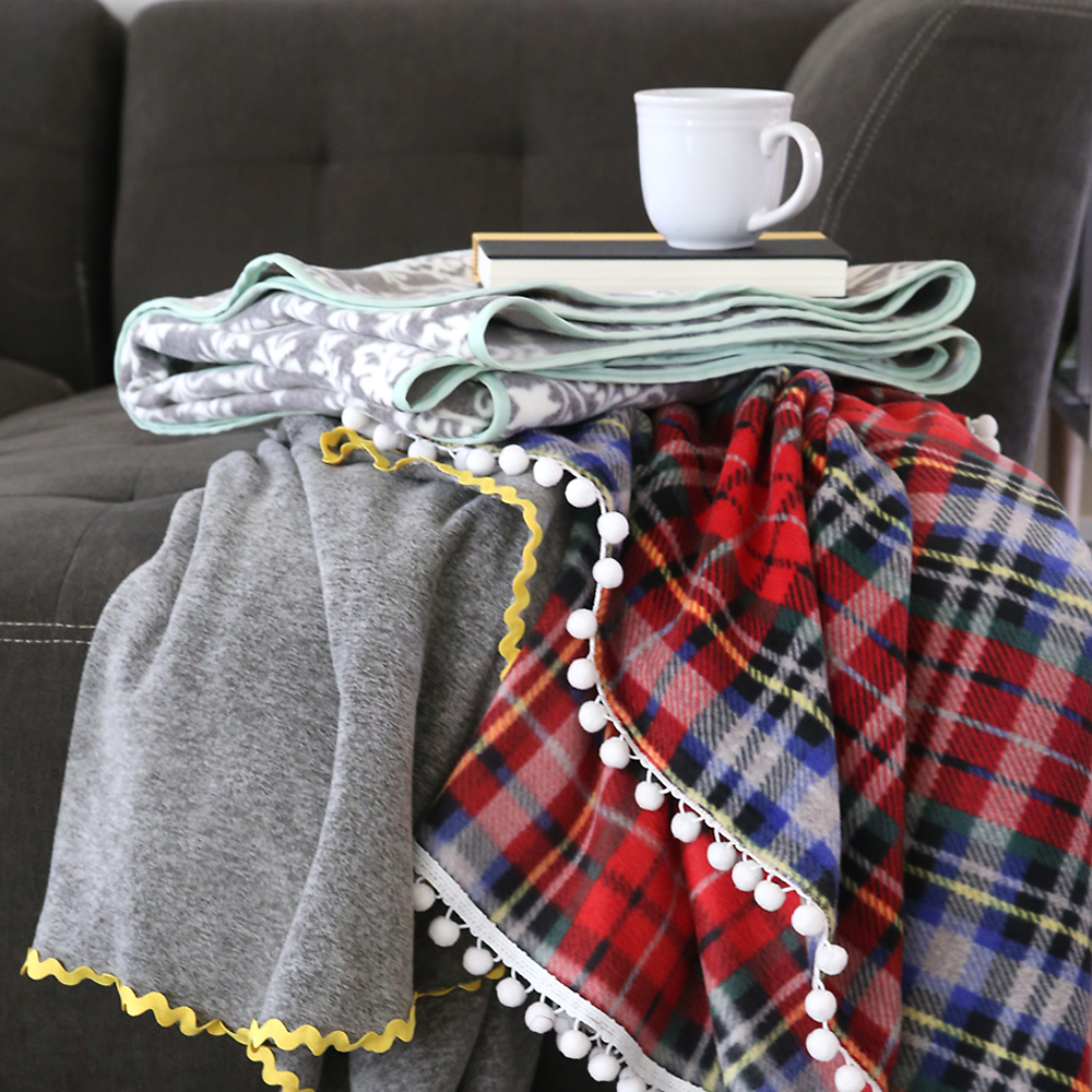 How to make gorgeous DIY fleece blankets {it's so easy!}