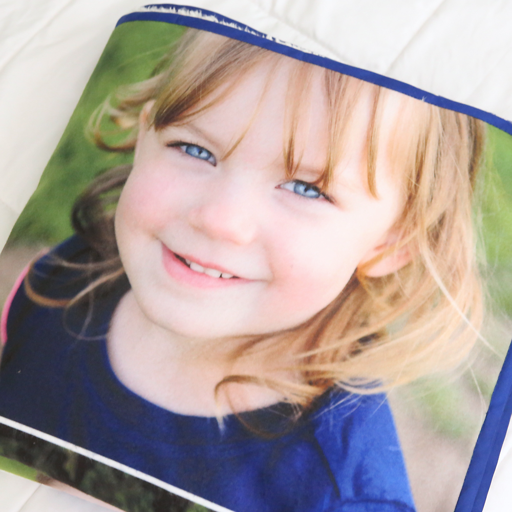 how to make a photo collage blanket | DIY gift idea