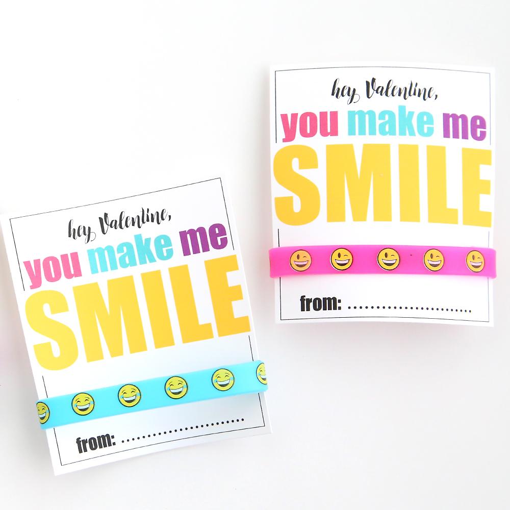 Printable Valentine\'s Day cards with emoji bracelets