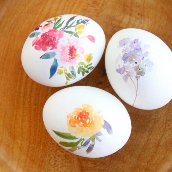 Easter eggs with pretty floral designs on them
