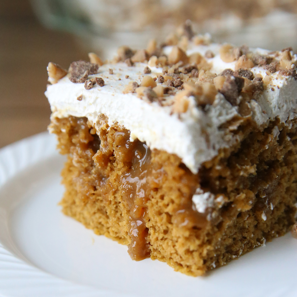 quick + easy pumpkin caramel poke cake recipe - It's Always Autumn