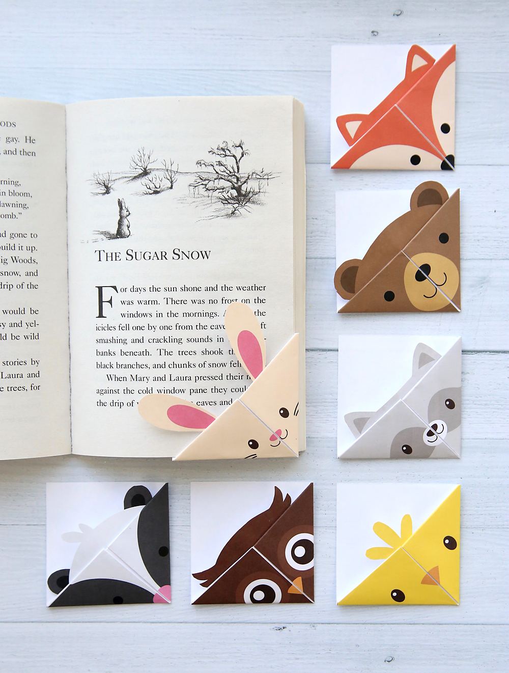 Cute folded bookmarks! Seven different woodland animal origami bookmark templates. Just print, cut, and fold. How to make a corner bookmark.