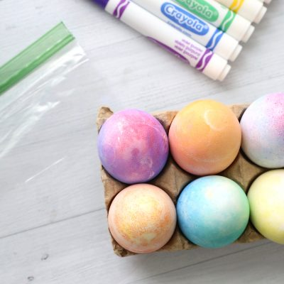 Super easy way to color Easter eggs with markers instead of dye