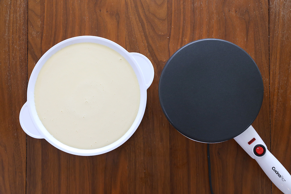 Crepe maker and crepe batter