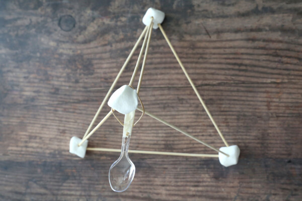Completed marshmallow catapult