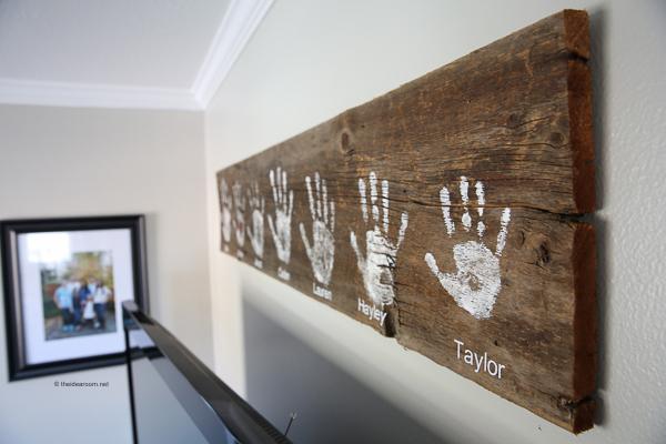 Family handprints wall sign DIY | 30 best handprint art ideas