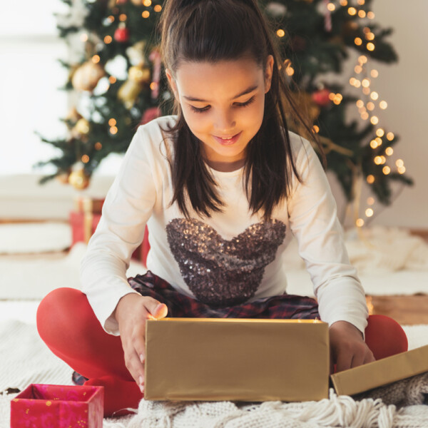 20 FANTASTIC Christmas gifts for girls - these are great ideas!