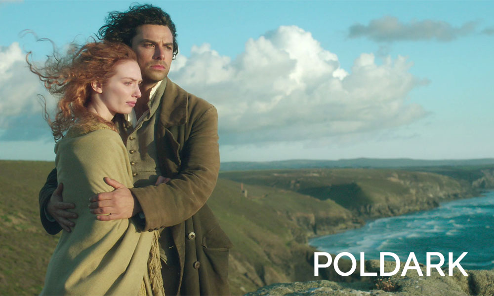 Eleanor Tomlinson, Aidan Turner are posing for a picture in Poldark
