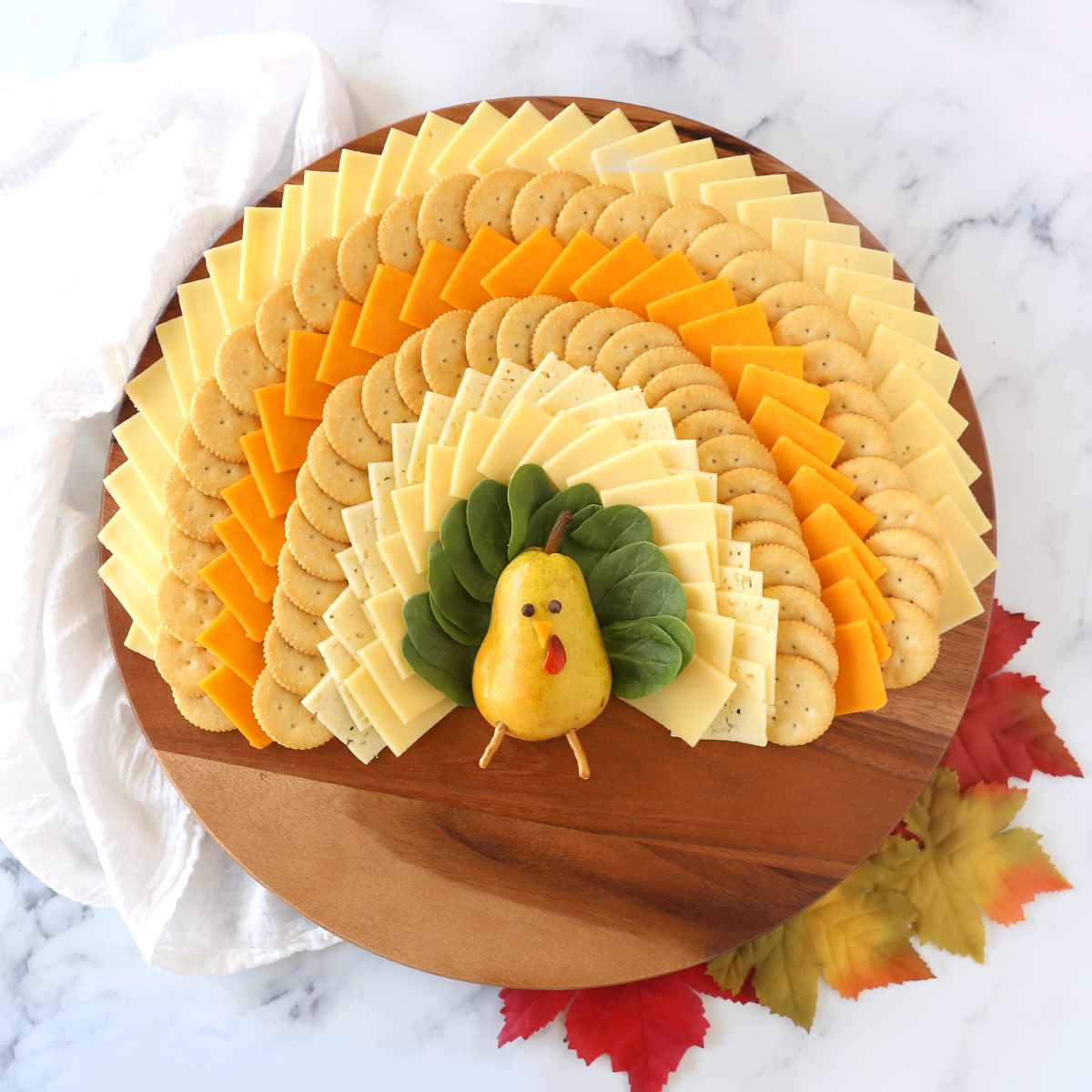 Cheese board shaped like a turkey for Thanksgiving