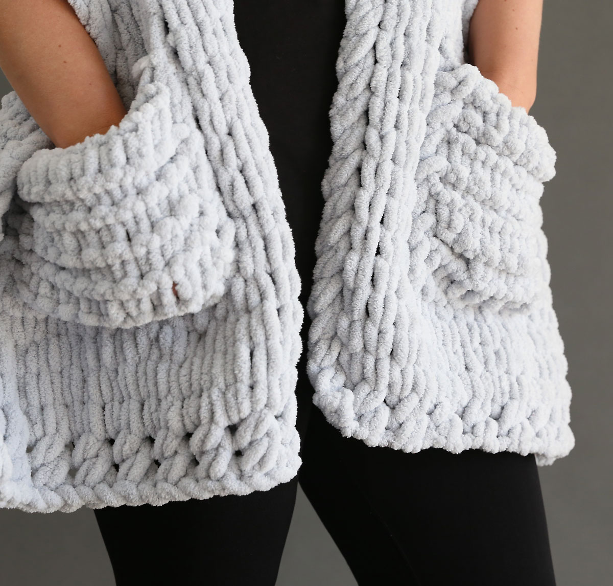 Chunky pockets on a scarf