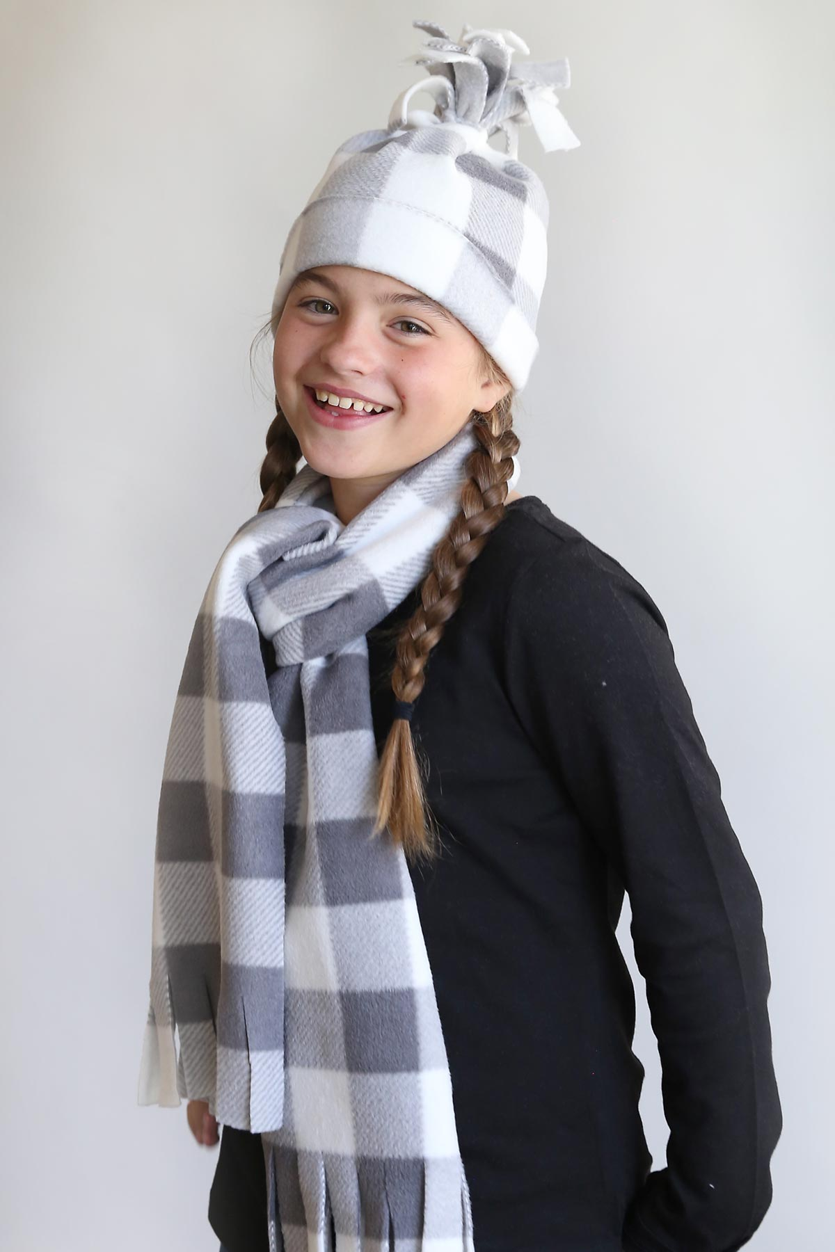 How to sew a fleece hat and scarf in under 20 minutes