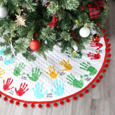 How to Make a Handprint Christmas Tree Skirt