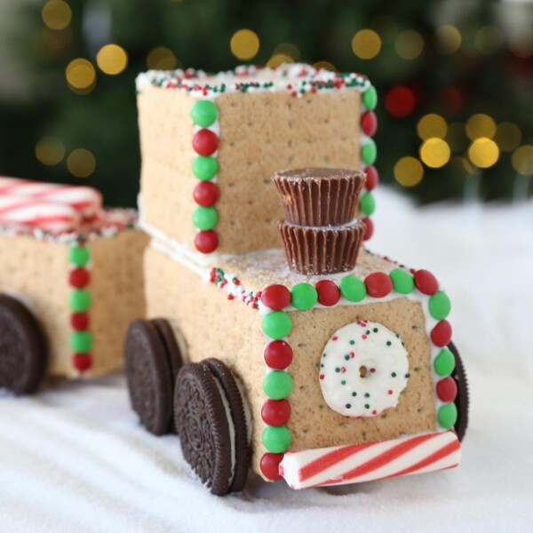 Decorated Christmas candy train made from graham crackers