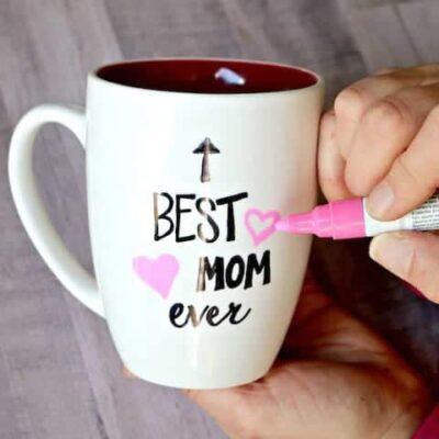 "Mug that says ""Best Mom ever"""