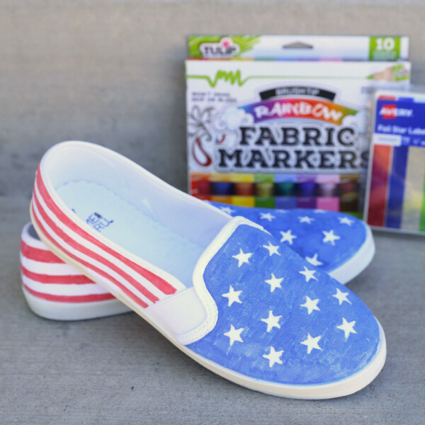 DIY American flag shoes with fabric markers and star stickers