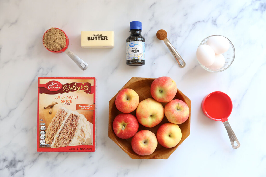 Ingredients: spice cake mix, apples, brown sugar, butter, vanilla, cinnamon, eggs, oil, apples