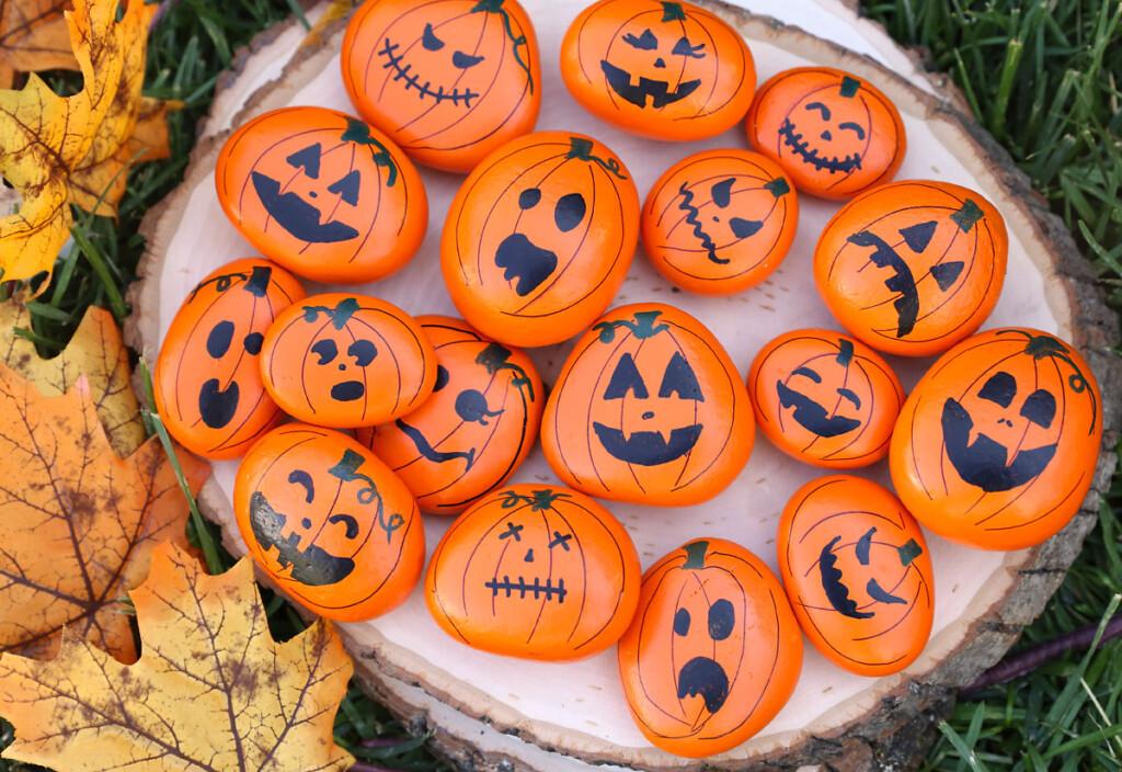 Painted rock pumpkins