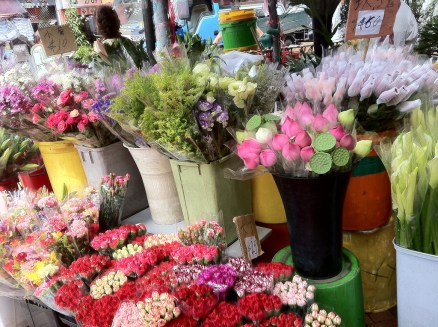 fresh flowers at the Kowloon market