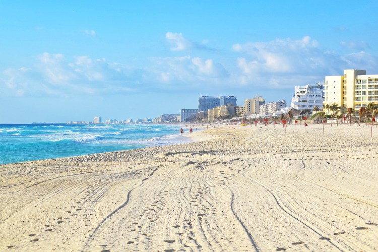 white sand beaches of cancun mexico, paradise island