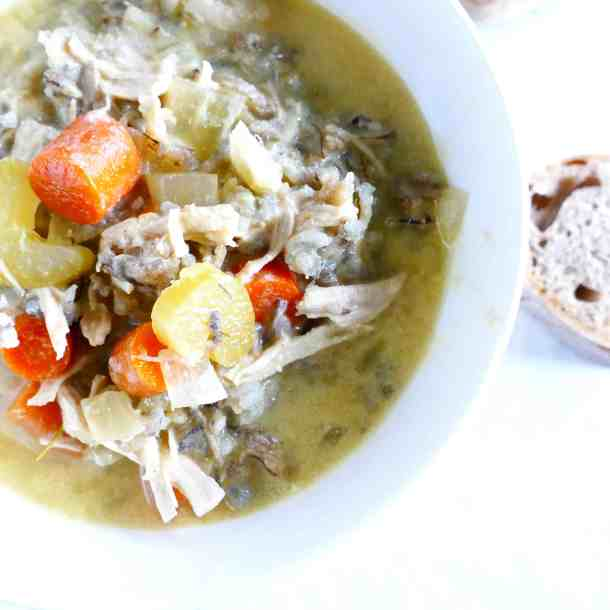 Crockpot-Chicken-and-Wild-Rice-Soup