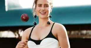 Ellyse Perry Biography