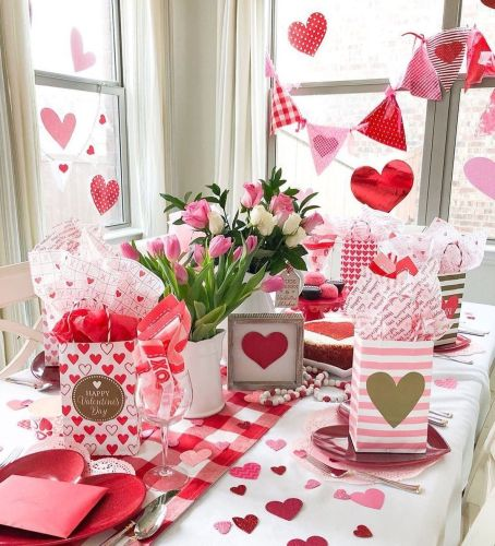 Valentines Day Decorations