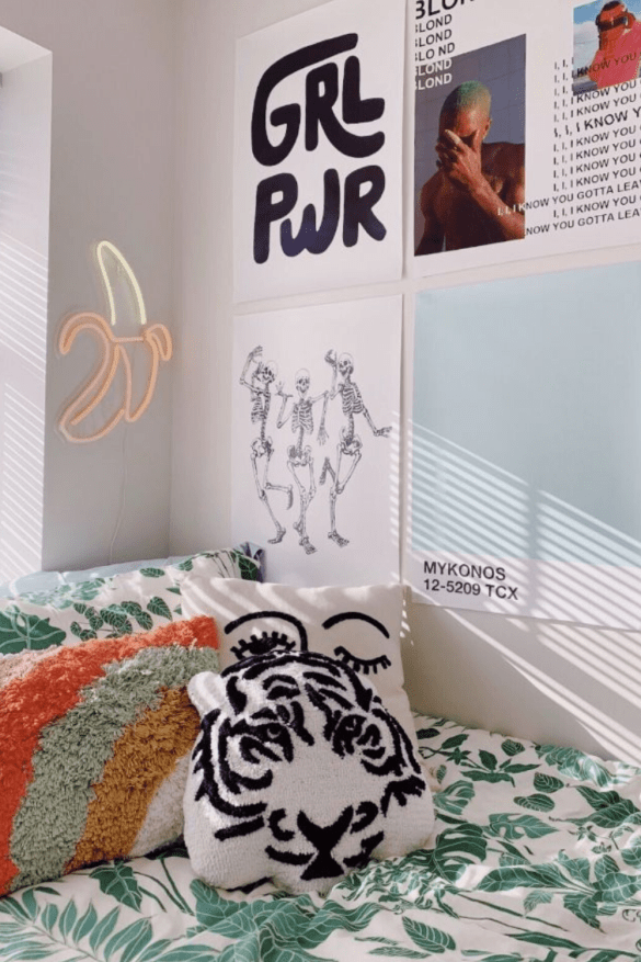 cheap dorm room decor