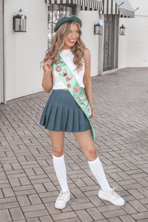 Easy Girl Halloween Costumes To Make Last-Minute