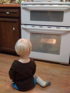 e watching the pizza bake
