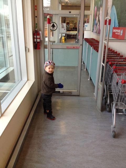 three-year-old-doorman
