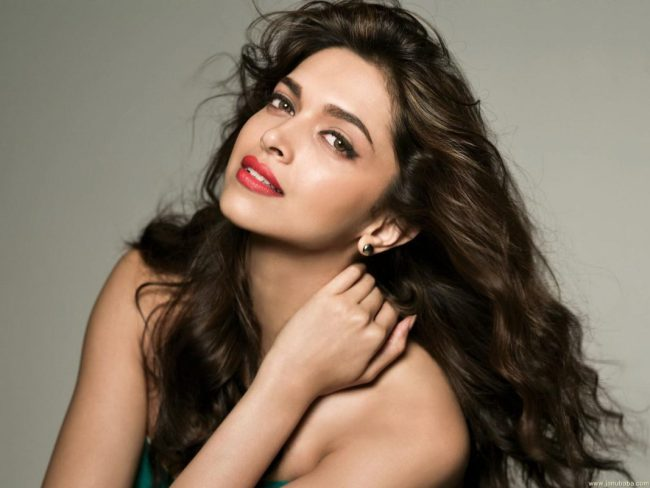 Deepika-Padukone-dusky beauty hot wallpapers