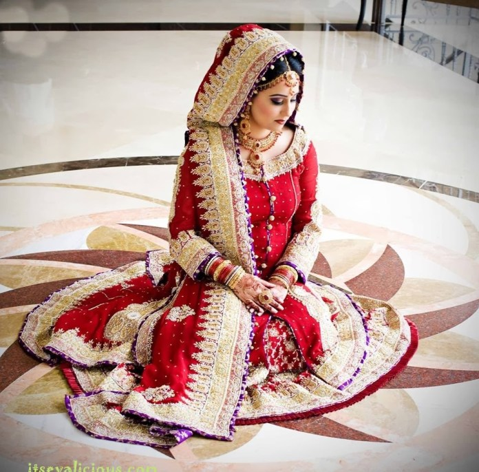 Traditional-Pakistani-Bridal-Wear-Wedding-Dresses-Collection-2015-Prices